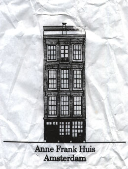 Anne Frank House paper gift bag with drawing of the house from the outside